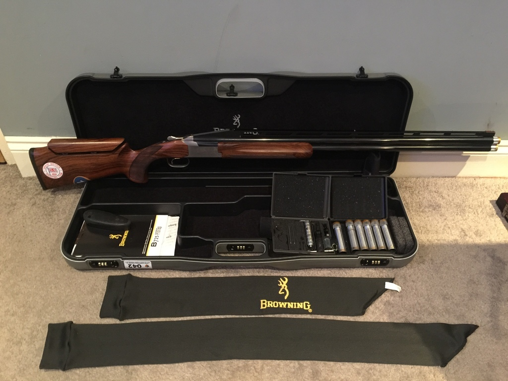 Browning, 725 Pro Trap, 12 gauge, Over and Under, Right